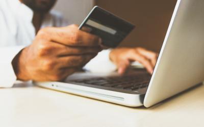 Ecommerce Website: The Advantages and Disadvantages